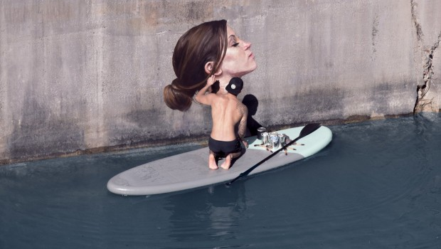 xWIP2-Hula-Painting-Artist-Surfboard-1250x910.jpg.pagespeed.ic.x4OYTMhWG1