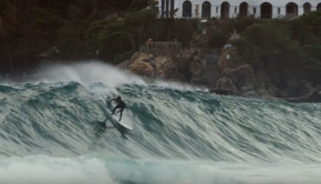 Sebastian Gomez - SUP surfing in Puerto Escondido, Mexico 2017.