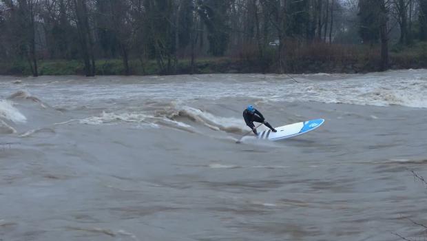 SUP RIVER SURFING - vague de Lescar (64) - feb 2018