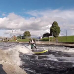 River Sup Surf: Dynamic Carves