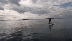 """Foil Tomo"" How to take off to the boat wake on your Sup Foil."