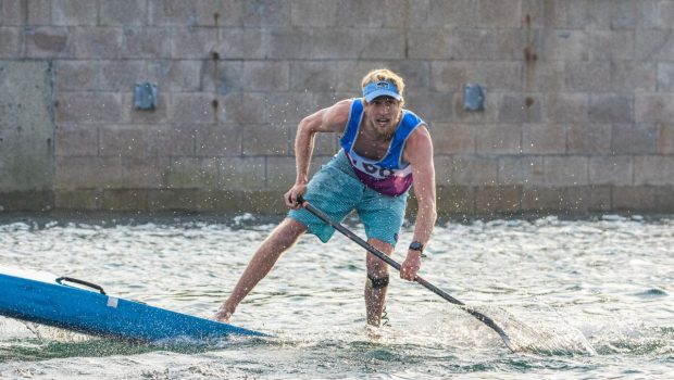 Connor Baxter winning the sprint event at the 2019 ICF Sup Worlds