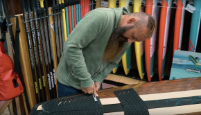 HOW TO : WAX YOUR LONGBOARD SUP